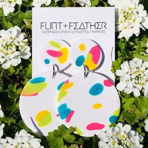 Flint+Feather Clay Retro Earrings in Confetti NWT